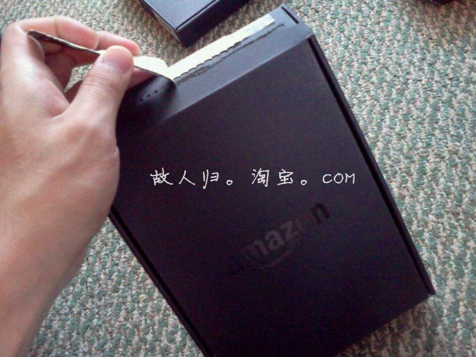 新款Kindle黑色版本拆箱实拍图